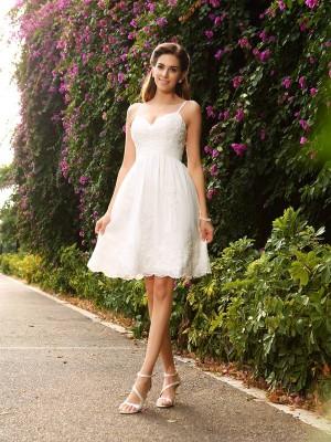 A-Line Lace Spaghetti Straps Knee-Length Ivory Wedding Dresses