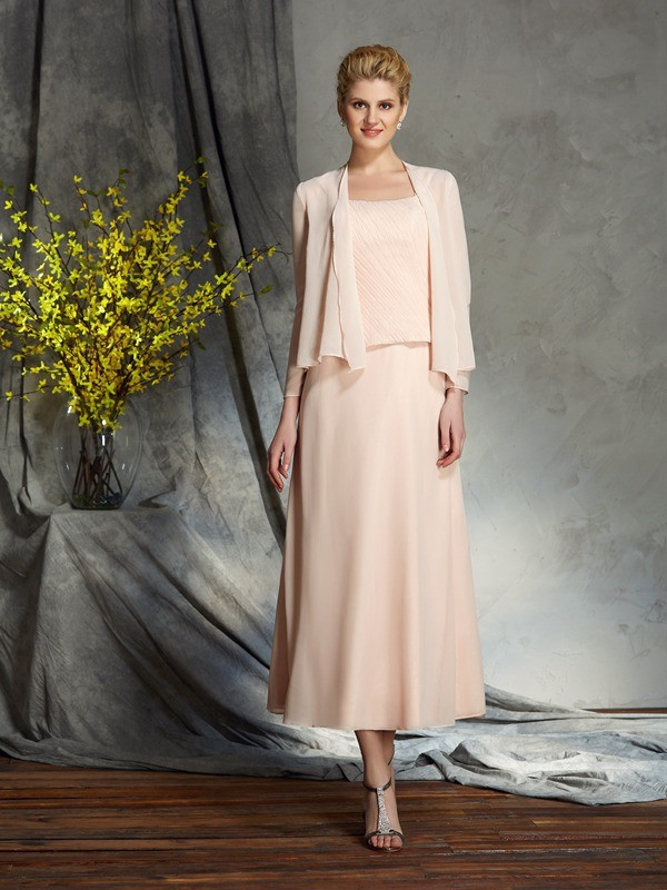 A-Line Straps Knee-Length Pink Mother of the Bride Dresses