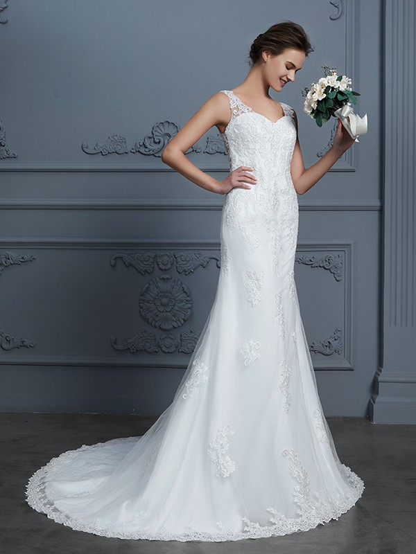 Mermaid V-neck Court Train Ivory Wedding Dresses with Lace