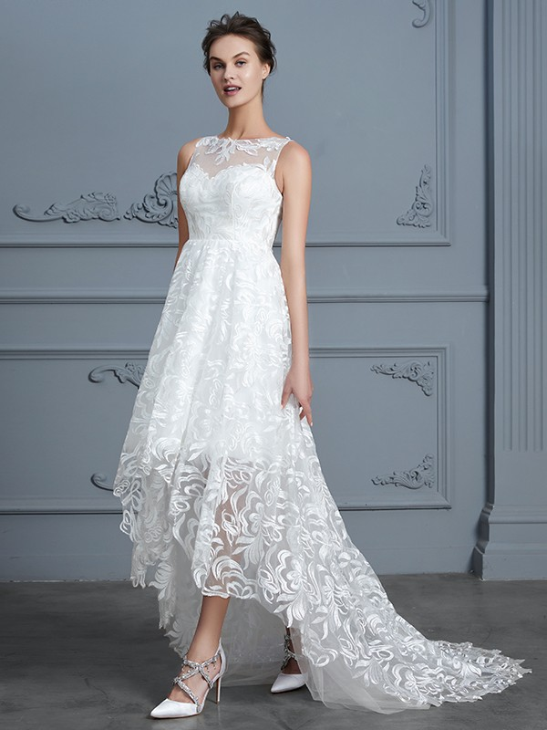 Scoop Asymmetrical Ivory Wedding Dresses with Lace