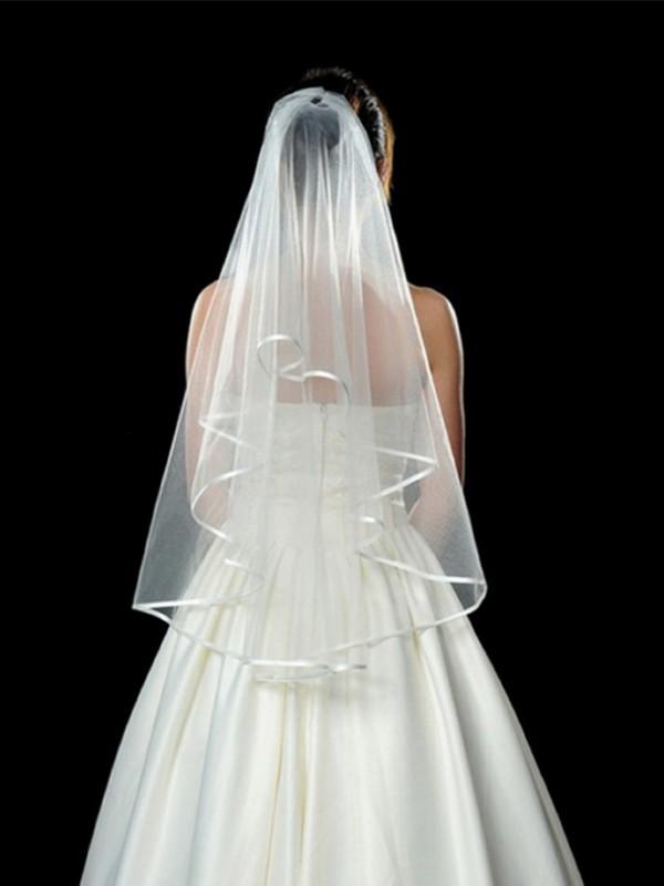 Elegant Tulle Wedding Veils