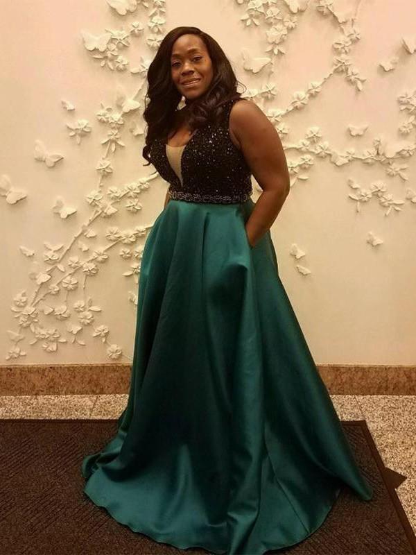 Green Straps Satin Brush Train Prom Dresses