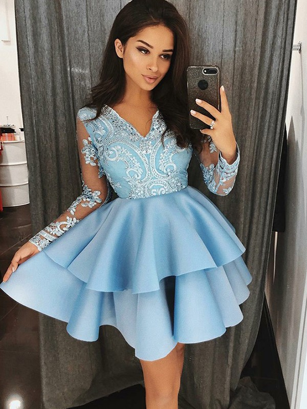 Short/Mini Blue Long Sleeves V-neck Homecoming Dresses with Applique