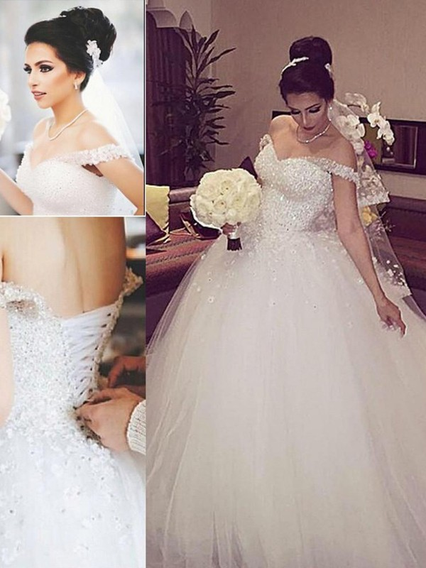 Tulle Off-the-Shoulder Court Train White Wedding Dresses