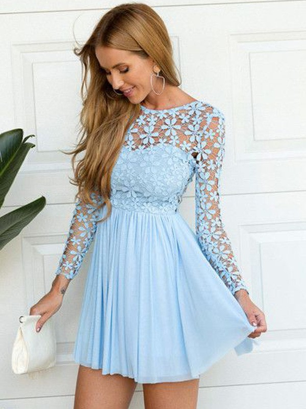 A-Line Chiffon Long Sleeves Scoop Short Homecoming Dresses with Lace