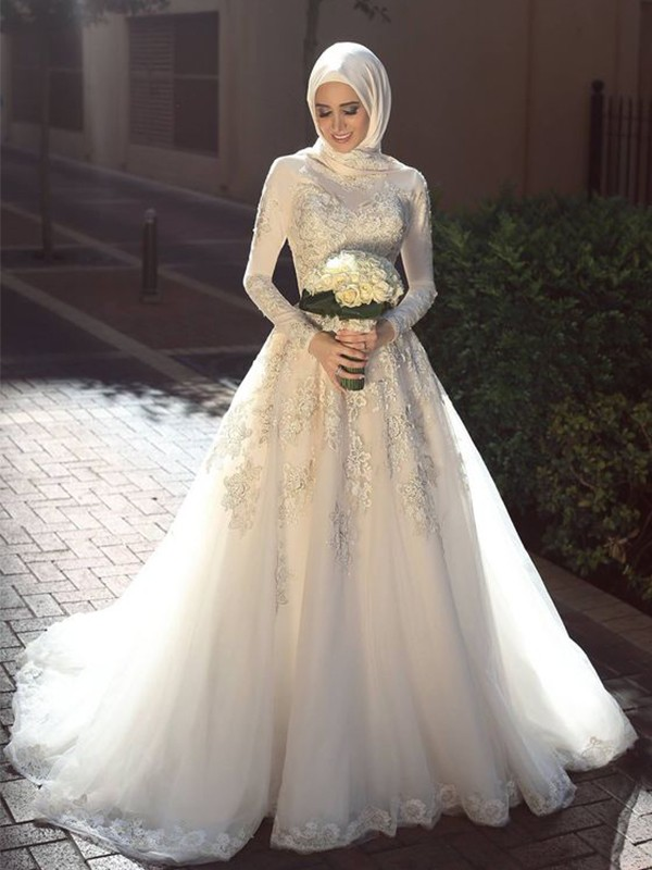 Ball Gown Jewel Long Sleeves Brush Train Ivory Applique Tulle Wedding Dresses