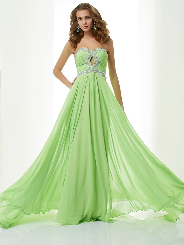 Brush Train Green Sweetheart Prom Dresses with Beading