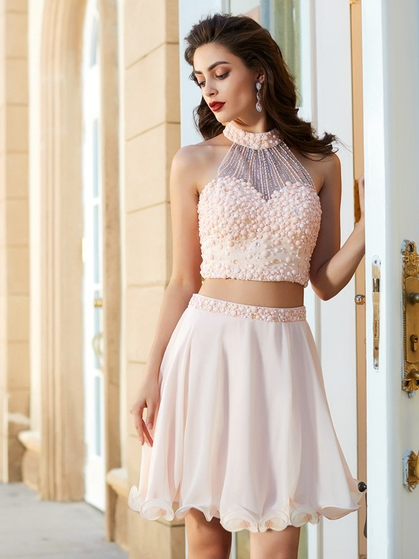 Chiffon Halter Short/Mini Pink Homecoming Dresses