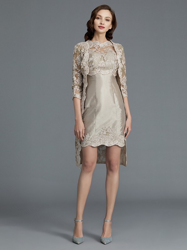 Sheath Scoop Knee-Length Silver Mother of the Bride Dresses with Applique