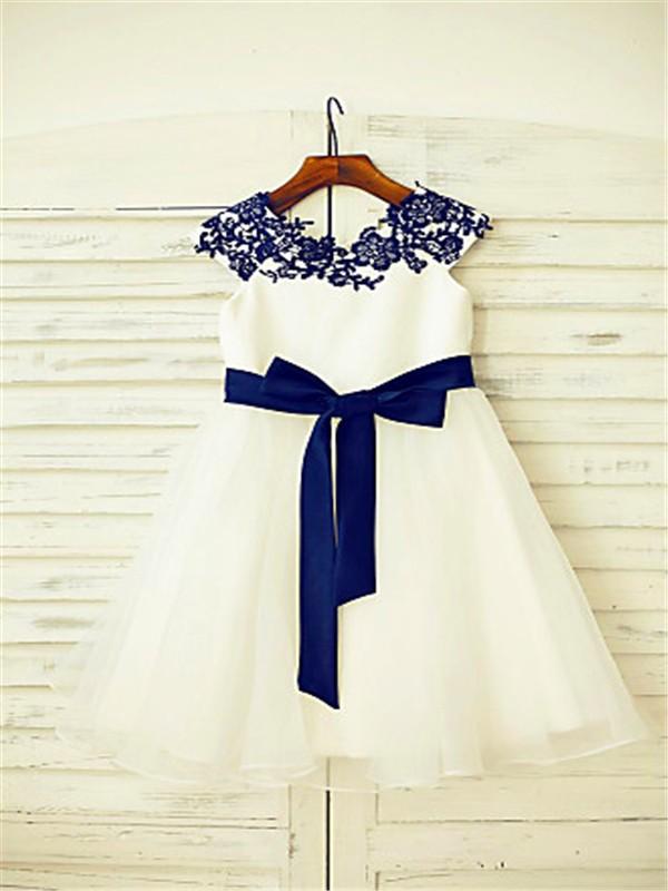 A-line/Princess Scoop Sleeveless Applique Floor-Length Tulle Flower Girl Dresses
