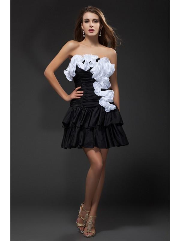 Strapless Short/Mini Black Homecoming Dresses with Ruffles
