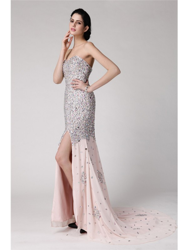 Brush Train Pearl Pink Sweetheart Prom Dresses with Beading