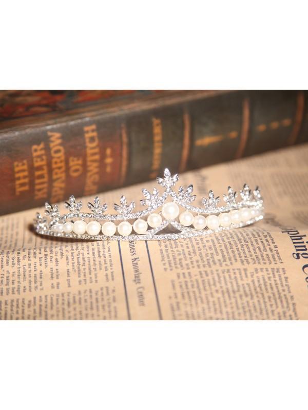 Nice Alloy With Czech Rhinestones Pearls Wedding Headpieces