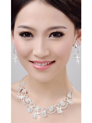 Glamorous Alloy Clear Wedding Necklaces Earrings Set