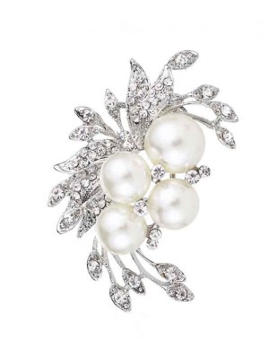 Flower Shaped Alloy With Rhinestone/Imitation Pearl Ladies' Brooch
