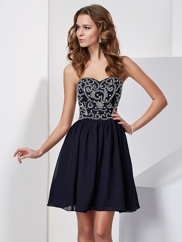 A-Line Sweetheart Short/Mini Dark Navy Homecoming Dresses with Beading
