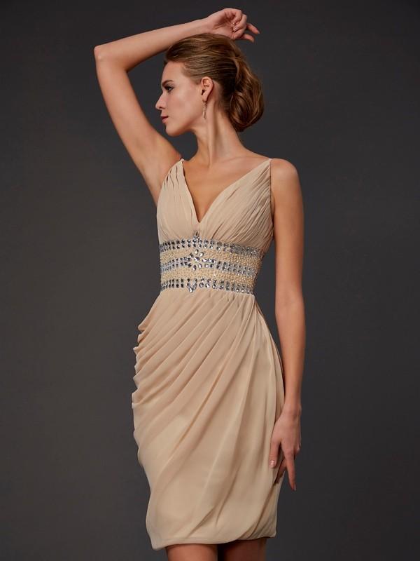 Sheath Chiffon V-neck Short/Mini Homecoming Dresses with Beading