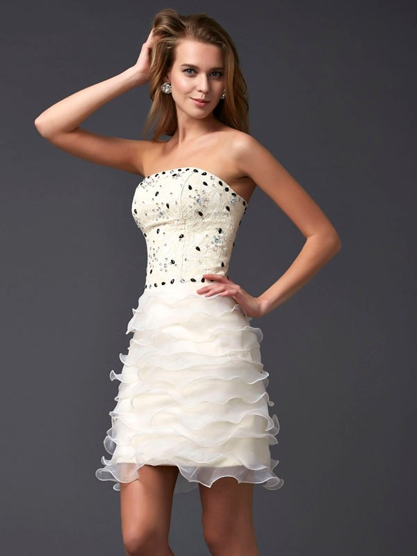 Sheath Tulle Strapless Short/Mini Champagne Homecoming Dresses