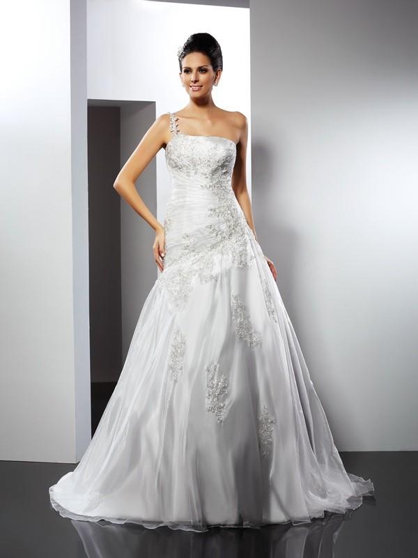 One-Shoulder Chapel Train Ivory Wedding Dresses with Applique