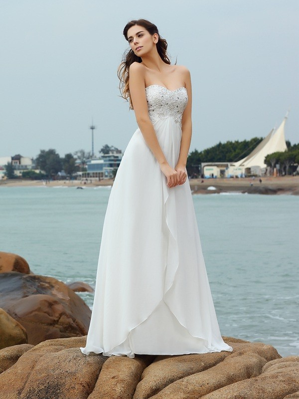 Sweetheart Floor-Length Ivory Wedding Dresses with Beading