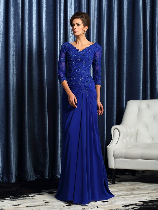 Royal Blue V-neck Brush Train Mother of the Bride Dresses with Applique