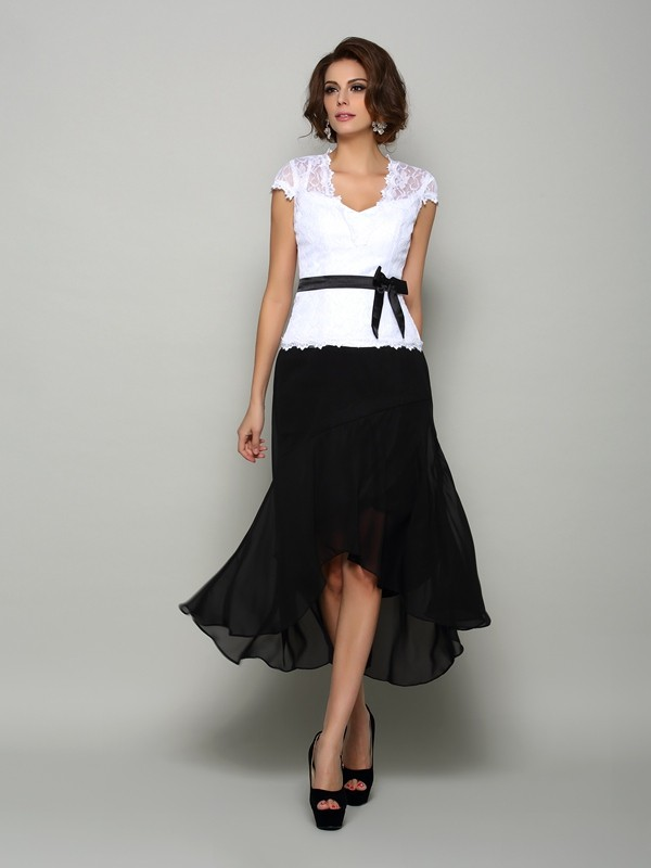 A-Line V-neck Asymmetrical Black Mother of the Bride Dresses
