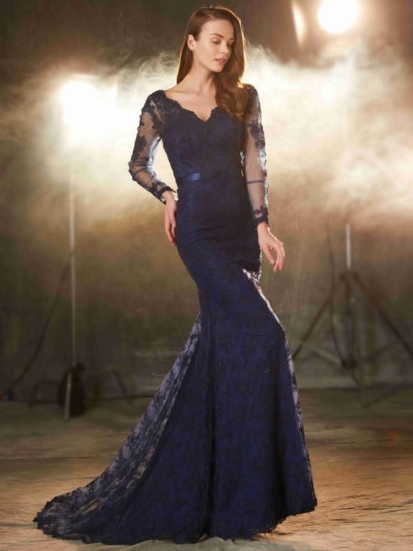 Mermaid V-neck Brush Train Dark Navy Prom Dresses