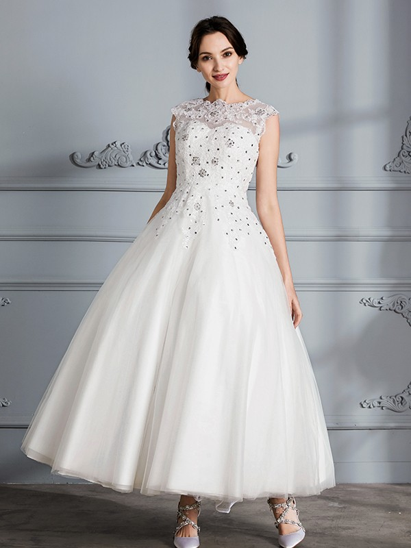 Tulle Scoop Tea-Length Ivory Wedding Dresses