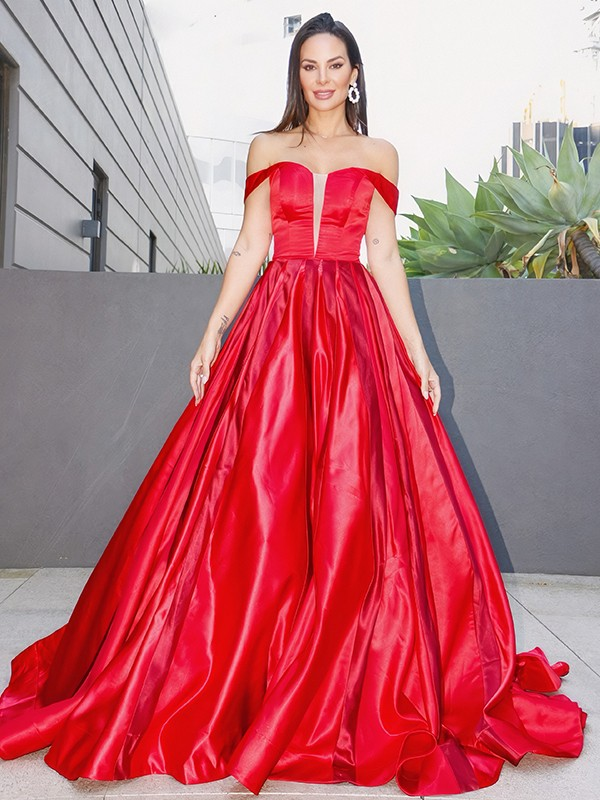A-Line/Princess Ruffles Sleeveless Satin Off-the-Shoulder Sweep/Brush Train Dresses