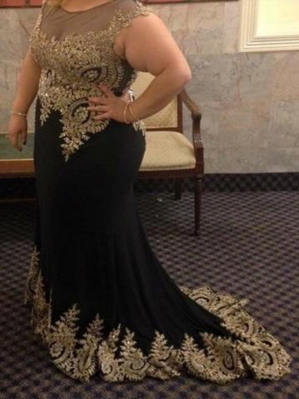 Brush Train Black Sheer Neck Prom Dresses with Applique