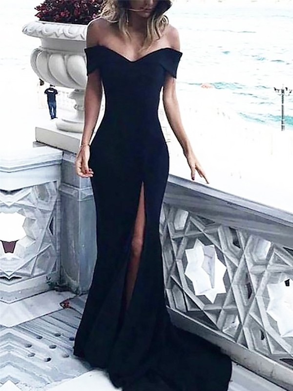 Sheath Off-the-Shoulder Court Train Black Prom Dresses with Ruched