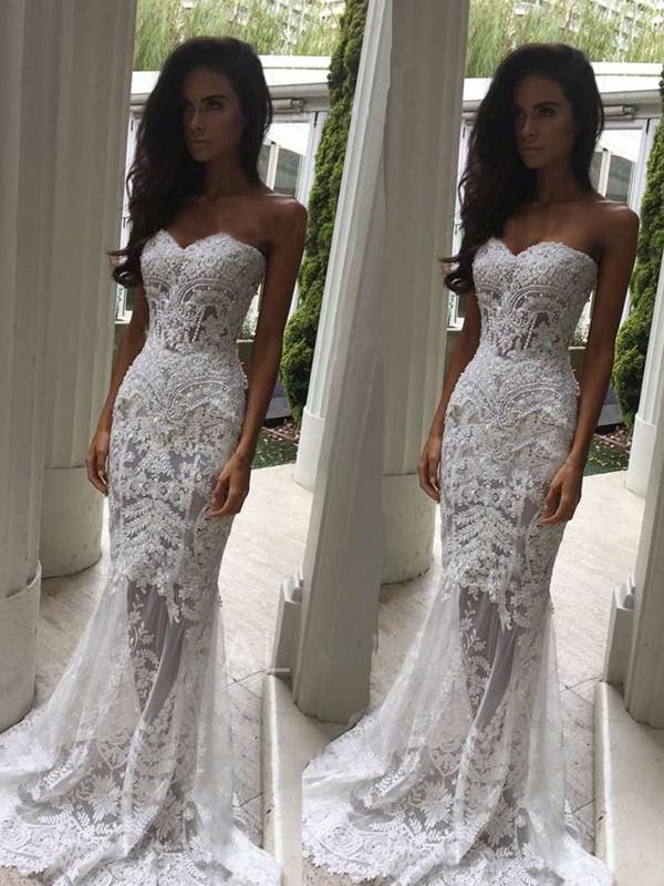 White Sweetheart Lace Court Train Wedding Dresses