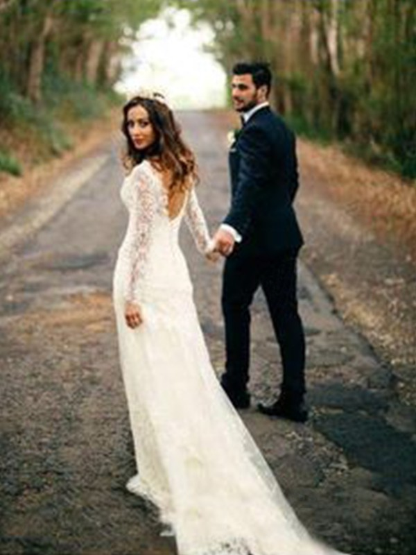 Ivory V-neck Lace Court Train Wedding Dresses