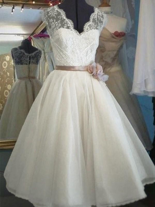 A-Line V-neck Lace Ivory Tulle Wedding Dresses