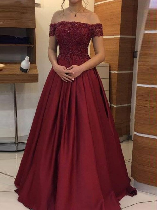Ball Gown Floor-Length Sleeveless Applique Satin Prom Dresses