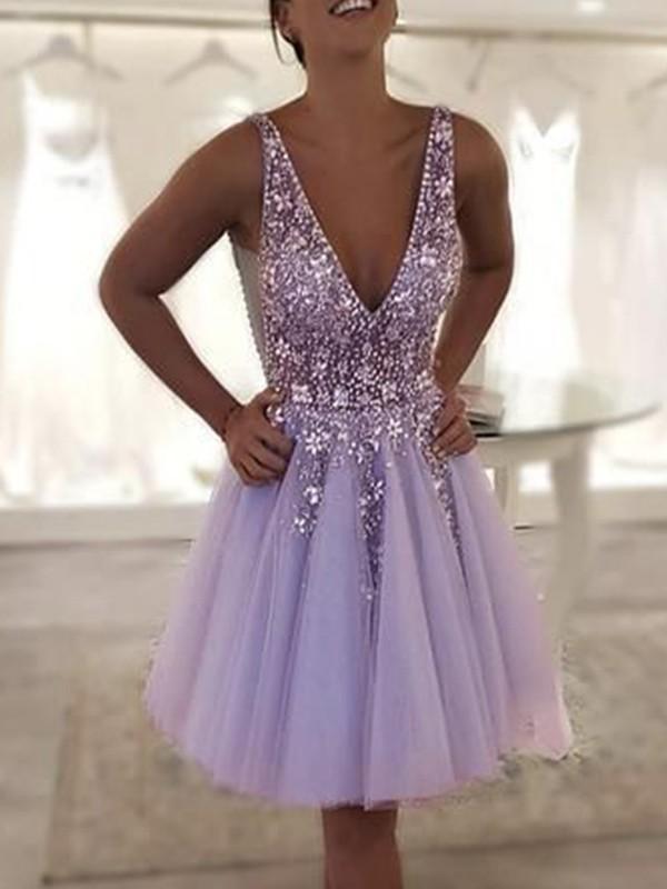 A-Line/Princess Tulle Beading V-neck Sleeveless Short/Mini Homecoming Dresses