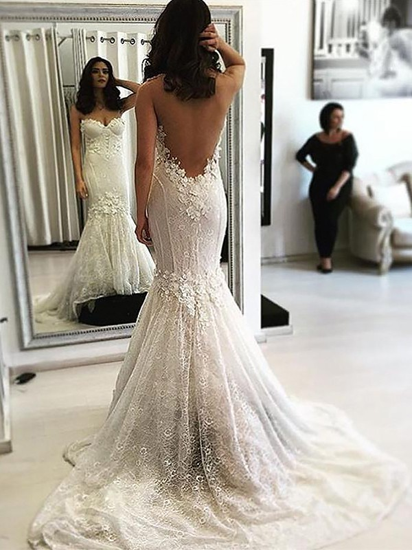 Lace Sweetheart Brush Train Ivory Wedding Dresses