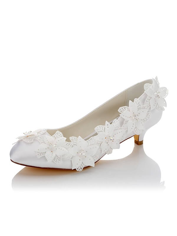 Satin PU Closed Toe Spool Heel Wedding Shoes