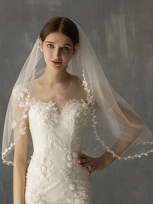 Beautiful Tulle Two-Tier Elbow Bridal Veils