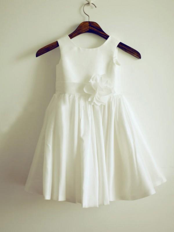 Long White Jewel Flower Girl Dresses with Hand-Made Flower