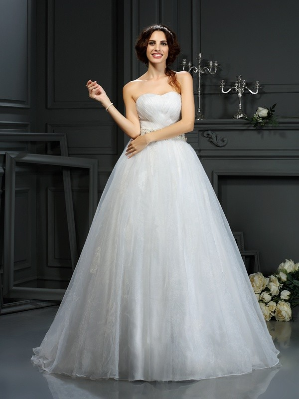 A-Line Sweetheart Court Train Ivory Wedding Dresses with Applique