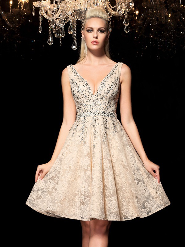 Champagne A-Line V-neck Short/Mini Homecoming Dresses with Beading