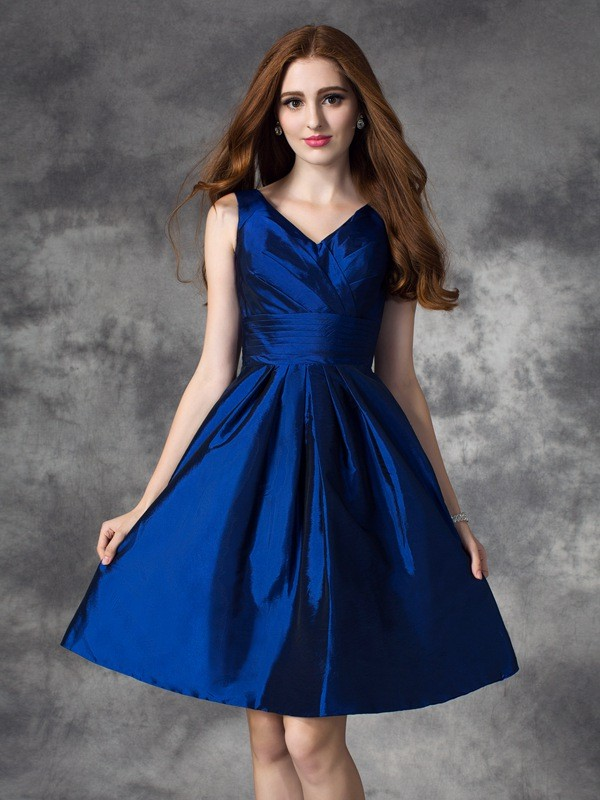 Dark Navy V-neck Taffeta Short/Mini Bridesmaid Dresses