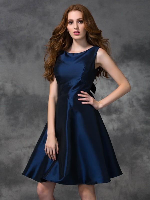 A-Line Taffeta Scoop Knee-Length Dark Navy Bridesmaid Dresses