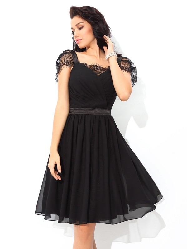 Short/Mini Black Straps Homecoming Dresses with Pleats