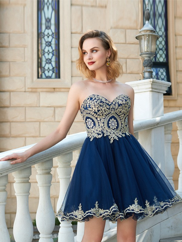 Sweetheart Short/Mini Dark Navy Homecoming Dresses with Applique