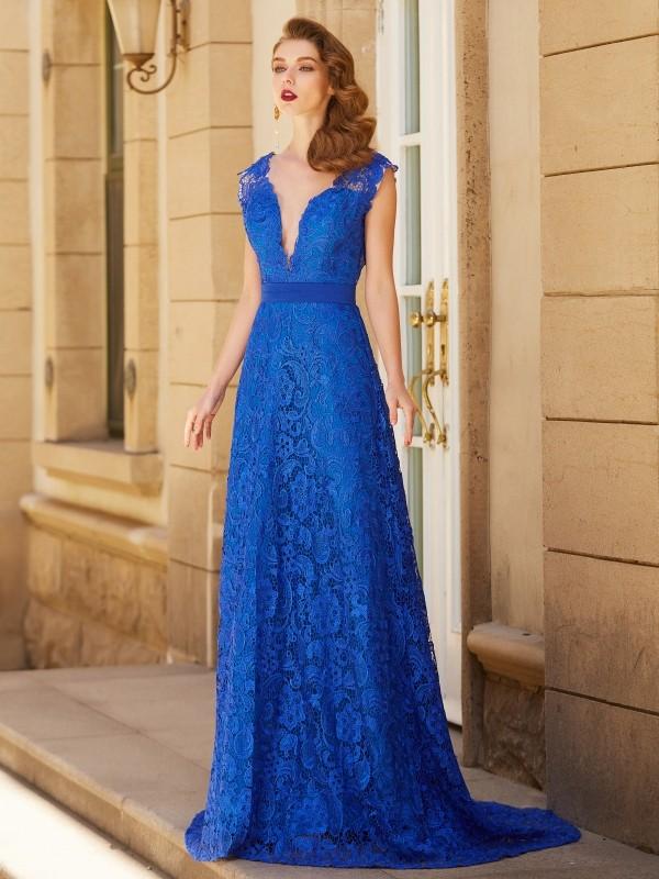 A-Line V-neck Brush Train Royal Blue Prom Dresses