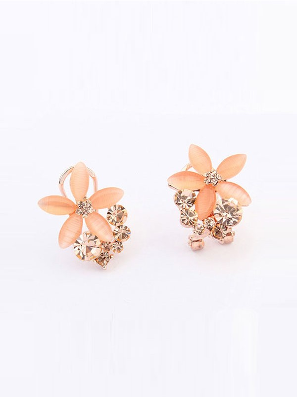 Occident Boutique Five Petal Fashion Ear Clip