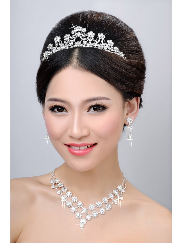 New Style Alloy Clear Crystals Flower Wedding Party Earrings Set