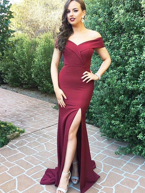 Floor-Length Burgundy Off-the-Shoulder Prom Dresses with Ruched